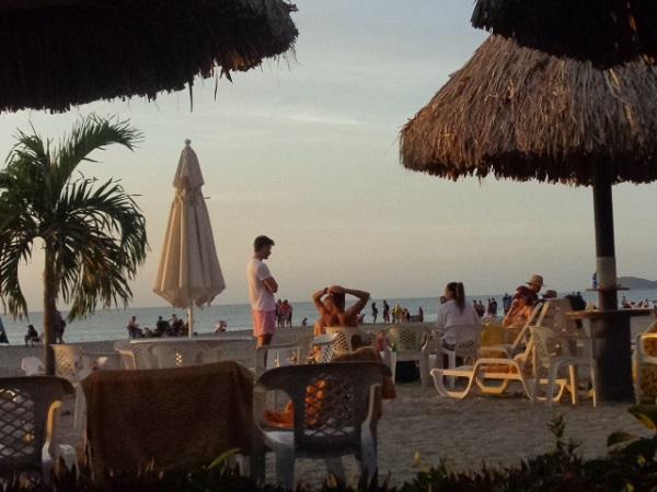 cartagena-beach-life